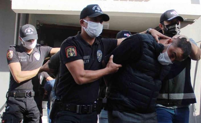 İzmir merkezli çete operasyonunda 24 tutuklama