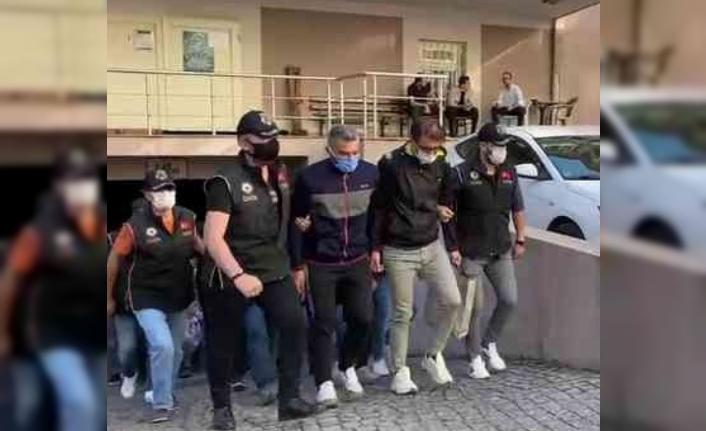 PETKİM çalışanı 22 FETÖ şüphelisinden 3'ü tutuklandı