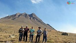 Kayserili dağcılar, Hasan Dağı'nın zirvesinde