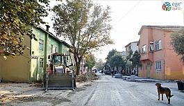 Suat Yalkın Caddesi'nde çalışmalar devam ediyor