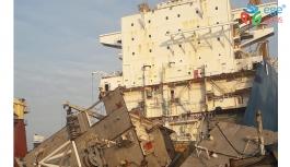 Aliağa'daki gemiye dev operasyon!