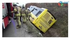 Son dakika: İstanbul'da İETT otobüsü kaza yaptı