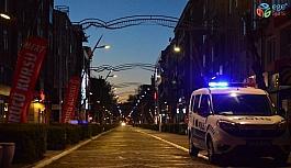 """Lüleburgaz'ın en işlek caddesi """"Ramazan Tedbirleri"""" kapsamında yaya girişine kapatıldı"""