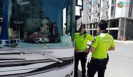 Bingöl'de tedbirleri ihlal eden firma ve yolculara 4 bin 718 TL ceza kesildi