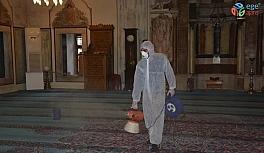 Yozgat Belediyesi camileri dezenfekte etti