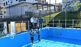 Balıkesir'de çocuklar için yüzme kursları başlıyor