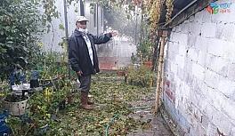 Kırkağaç'ta dolu yağışı hayatı felç etti