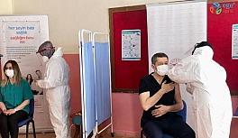 Bakan Selçuk'tan aşı paylaşımı
