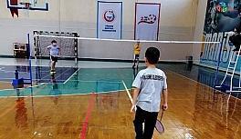Yunusemreli badmintonculardan 11 madalya