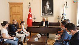 Konservatuar öğrencilerinden Başkan Gürün'e ziyaret