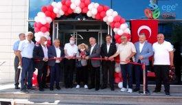 Pendik'te hayırsever vatandaşın bağışıyla Sümer Günay Kan Alma Birimi açıldı