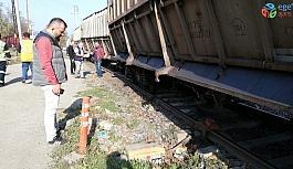 Tren raydan çıktı, ekipler seferber oldu