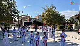 Cumhuriyet Karate Turnuvasına Sarayköy...