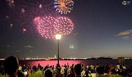 New York'ta korona virüs kısıtlamalarının kaldırılışını coşkuyla kutladı