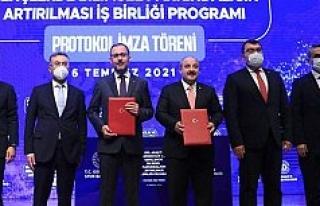 Bakan Varank: Türkiye uçan arabalarda da dünya...
