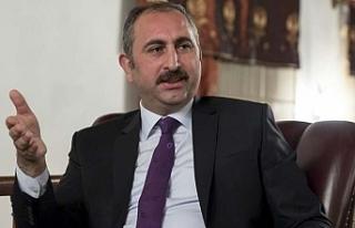 Bakan Gül'den dikkat çeken 'sosyal medya'...