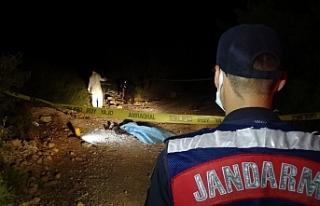 Bornova'da ormanlık alanda erkek cesedi bulundu