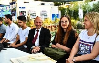 Büyükşehir düğmeye bastı: İzmir gençlere kucak...