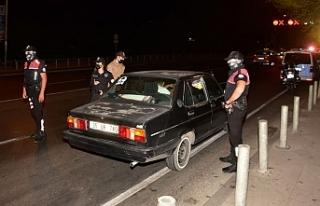 İzmir'de 'bin 200 polisle 150 noktada'...