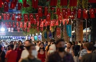 İzmir, yeni yaşını fuarda kutladı
