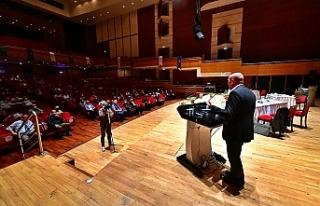 Başkan Tunç Soyer iklim çalıştayında konuştu:...