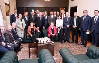 İl Başkanı Yücel, saha raporunu Kılıçdaroğlu'na...