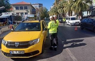 İzmir'de taksicilere sıkı denetim: 18 şoföre...