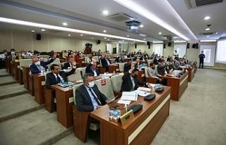Karabağlar Belediyesi'nin 2022 bütçesi kabul...