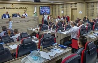 Menemen'de 5 saatlik maraton gibi meclis: Dev satışın...
