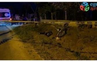 Uşak'ta şarampole devrilen motosikletin sürücüsü hayatını kaybetti