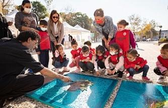 Karşıyaka'da geleceğin ressamlarına özel çalıştay
