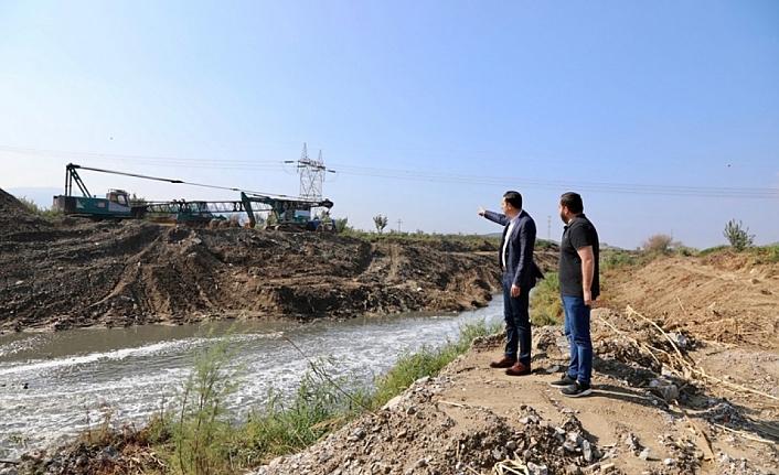 AK Partili Kaya'dan 'Küçük Menderes' çıkışı: Biz temizliyoruz, Soyer kirletiyor